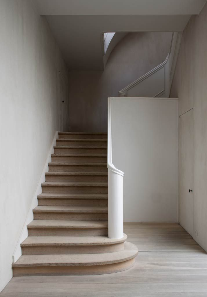 Offwhite Lime wash walls
