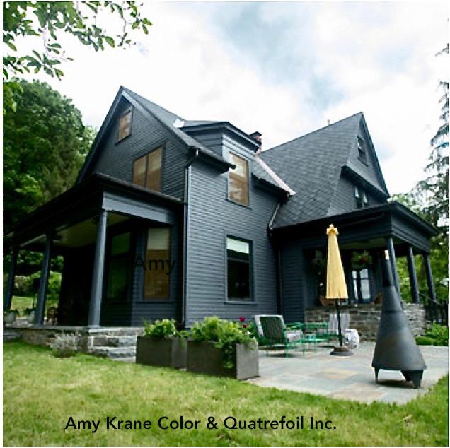 AKC Black house